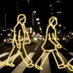 Сланцевская Госавтоинспекция призывает пешеходов засветиться в темноте