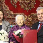 Почетный гражданин города Сланцы, председатель совета ветеранов Сланцевского района отметила юбилей