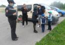 Сотрудники полиции напоминают юным участникам дорожного движения правила безопасного участия в дорожном движении